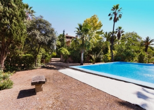 Mansion from the XVIIIth century to reform, 5 min. from Palma,